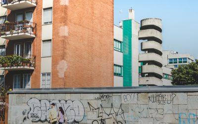 Il TAR Lombardia rimette alla Corte Costituzionale la questione di legittimità costituzionale dell'art. 40 bis della LR Lombardia 12/2005 in punto di recupero del patrimonio edilizio dismesso: esito prevedibile?